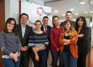 Equipo de EGA Formación y Desarrollo con el auditor de la QFOR, Luis Barbero